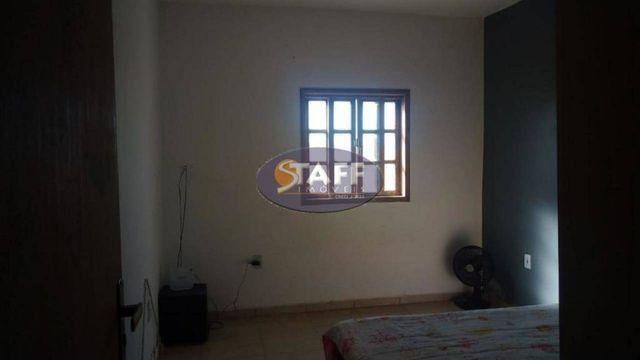 K- Casa com 3 quartos e 2 banheiros e ótimo quintal em Unamar - Cabo Frio - Foto 5