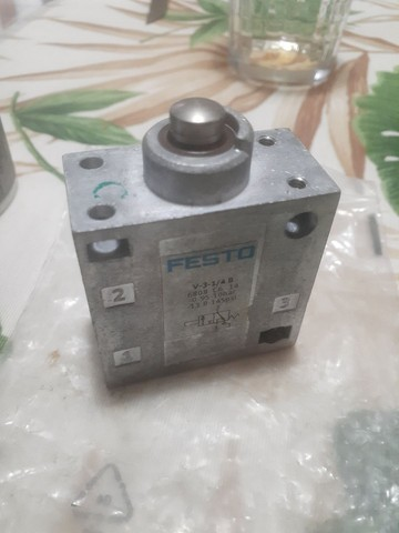 Válvulas de controle direcional / Válvulas mecânicas e operadas manualmente / V-3-1 / 4-B - Foto 5