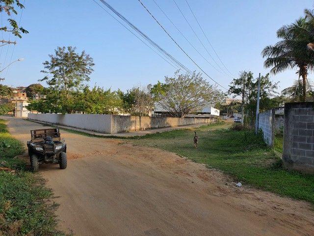 Lote de esquina murado escriturado 450m² em Perocão  - Foto 14