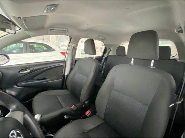 Toyota Etios HB X  - Foto 7