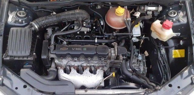 Carro Chevrolet Classic Sedan vhce 2011 preto, ipva pago 2021 - Foto 8