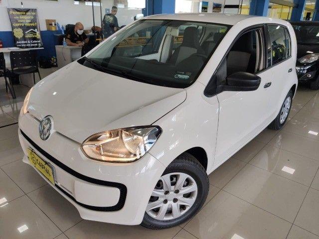 VW Up Take 2015 - 4 portas e completo
