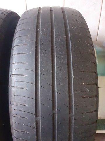 Pneus 195/60 R 15 Michelin meia vida - Foto 5