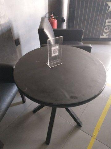 Mesa de madeira baixa - Foto 2