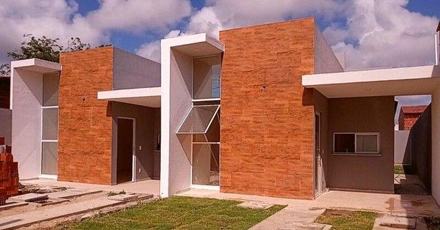 Casa com 3 quartos sendo 2 suites e 3 vagas de garagem no Eusebio - Foto 2