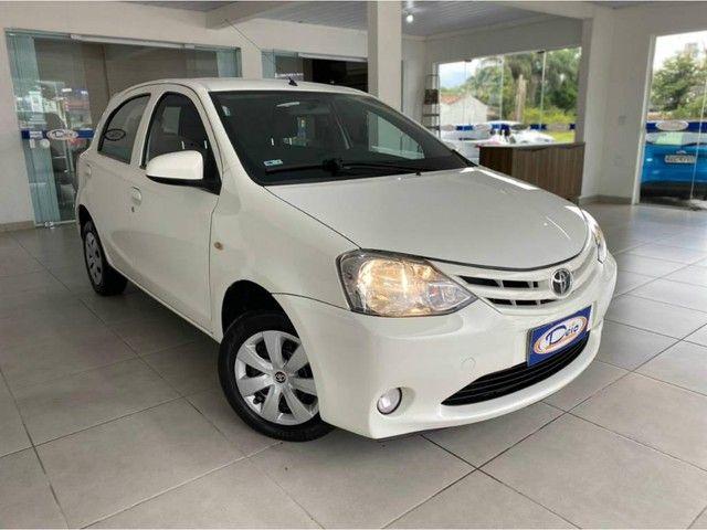 Toyota Etios HB X