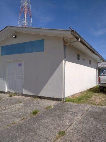 Alugo ponto de comércial e casa no mesmo terreno - Foto 4
