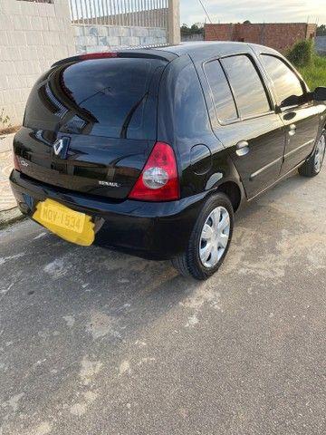 Renault Clio HATCH  1.0 16v.Flex 4p manual  Ano 2009 modelo 2010 Gasolina e álcool  preto  - Foto 5