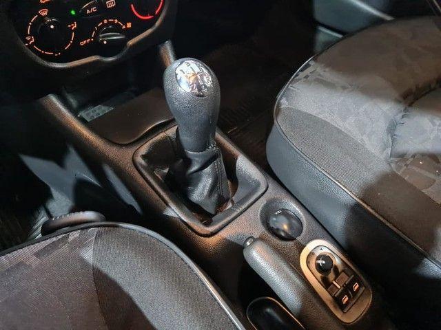 """Peugeot 207 SW XR Sport 1.4 8V FLEX 4P 2010 """"Periciado"""" - Foto 16"""