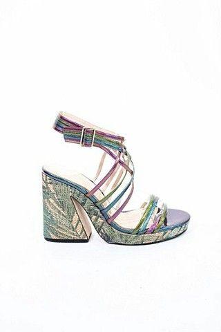 Sandália tiras coloridas Zara 34 - Foto 3