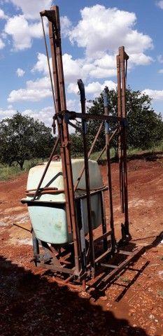 Pulverizador Berthoud 400 litros