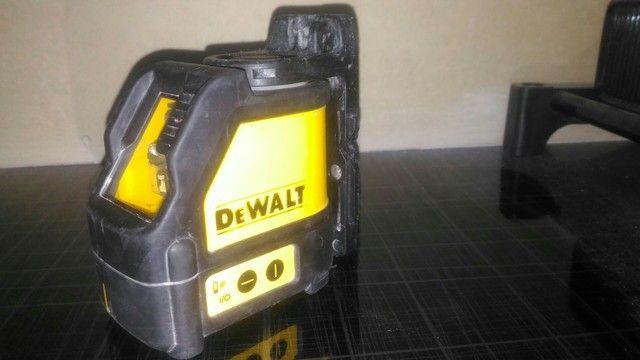 Nível a Laser Dewalt pouco uso, funcionando perfeitamente