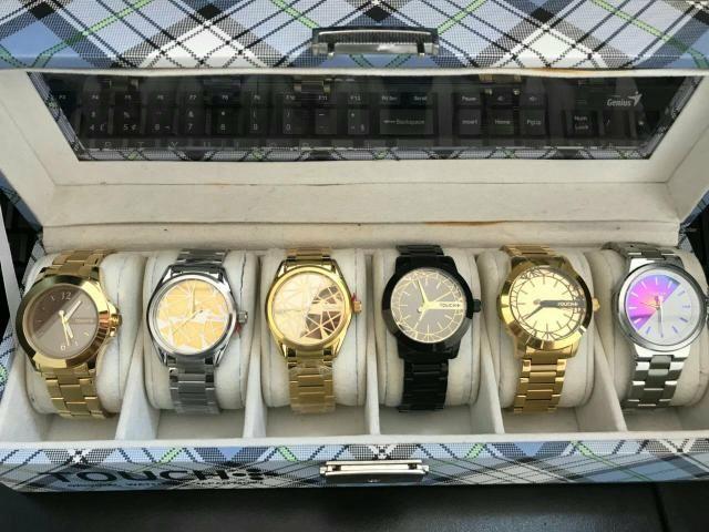 Óculos e relógios