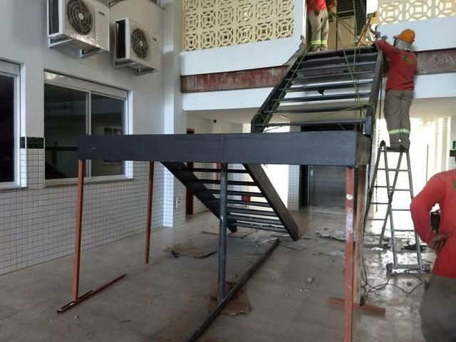 Treliças Metálicas Para Teto. Escadas Metálicas etc - Foto 6