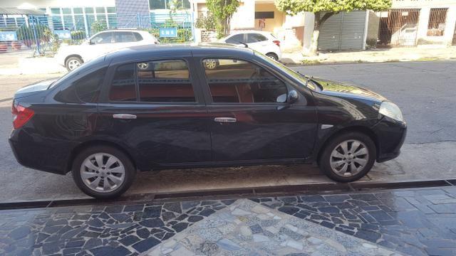 Renault Symbol 2011 - Foto 3