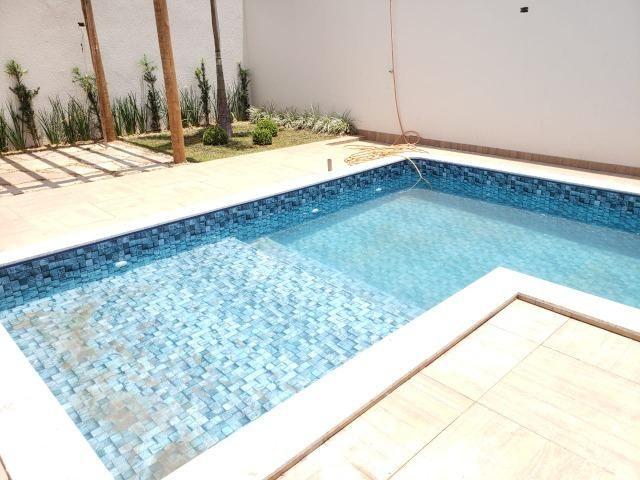 Espetacular! 03 suítes, fino acabamento, piscina com hidromassagem! - Foto 16