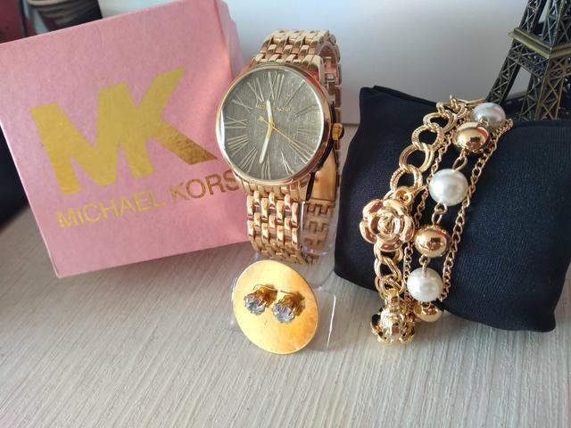 Kit relógio Michael Kors - Bijouterias, relógios e acessórios ... 0131e3d83c