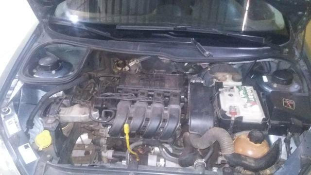 Vendo Peugeot 1.0precisar arrumar a chave de ceta - Foto 10