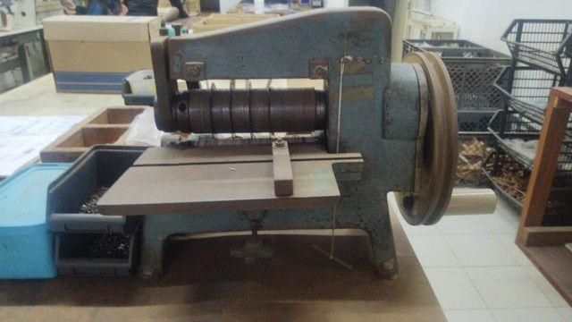 Máquinas de selaria , costura de cortar tiras e de carimbar couro - Foto 3