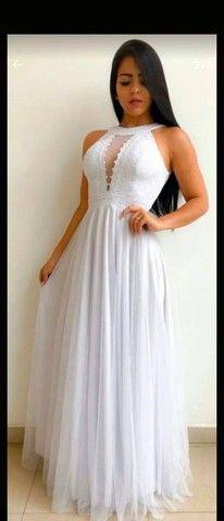 Vestido de noiva, madrinha e debutantes