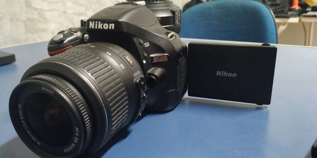 Câmera Nikon D5200 - Foto 3