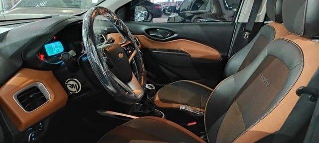 Chevrolet Onix Active 1.4 2018 60mil km  - Foto 5