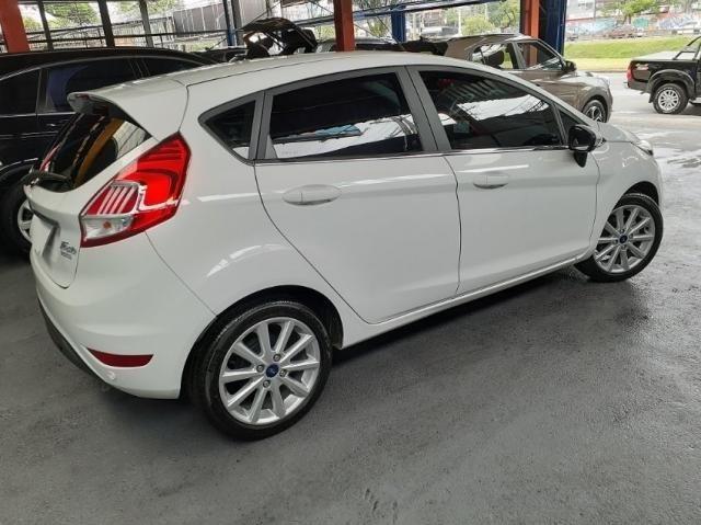 Ford New Fiesta TIT. 1.6 16V Flex Aut. 4P - Foto 5
