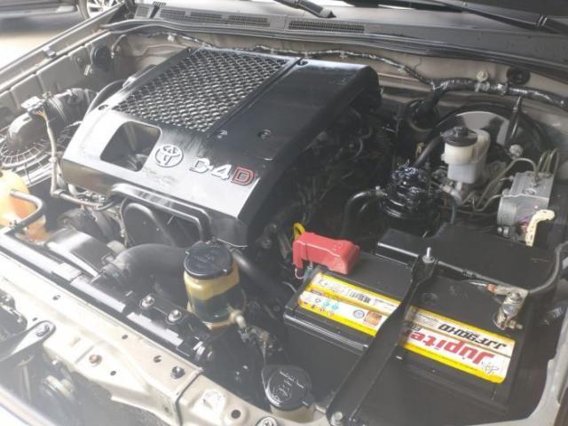 Toyota hilux sw4 2010 3.0 srv 4x4 7 lugares 16v turbo intercooler diesel 4p automÁtico - Foto 14