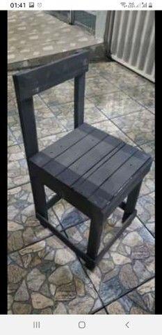 Lote de cadeiras de pallet