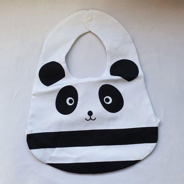 Babador Panda importado, fecho com botão