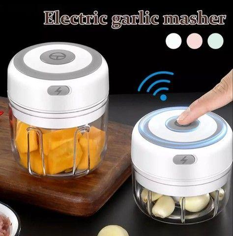 Triturador elétrico para frutas e legumes - resistência, qualidade para sua cozinha - Foto 4