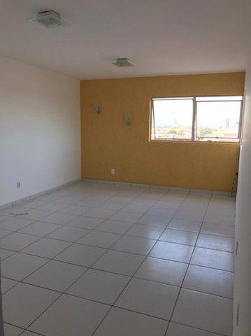 Alugo apartamento Av. Rotary R$ 1.300,00 - Foto 6