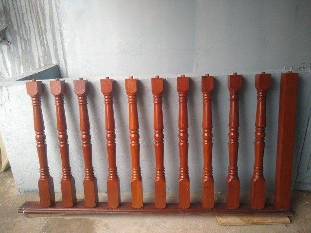 Balaústre de madeira