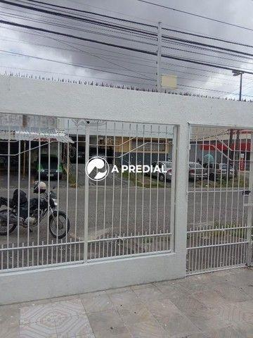 Casa para aluguel, 3 quartos, 2 suítes, 1 vaga, Parreão - Fortaleza/CE