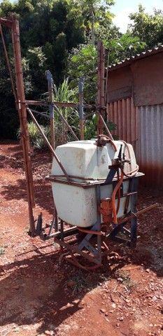 Pulverizador Berthoud 400 litros - Foto 4