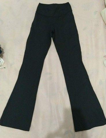 Troco ou vendo calças - Foto 2