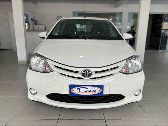 Toyota Etios HB X  - Foto 3