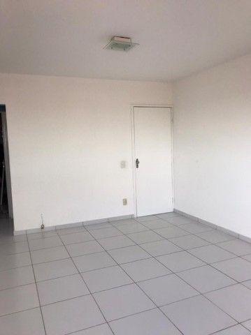 Alugo apartamento Av. Rotary R$ 1.300,00 - Foto 7