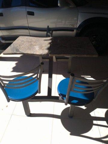 mesa. marmore. 4 cadeiras
