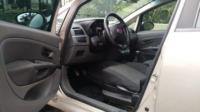 Fiat Punto Attractive 1.4 2012 - Foto 11