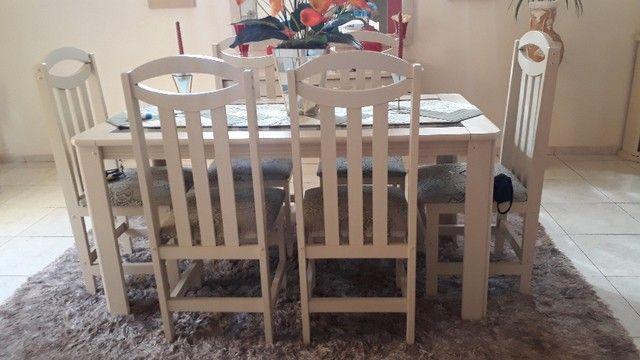 vendo mesa de vidro com 6 cadeiras, balcão e aparador