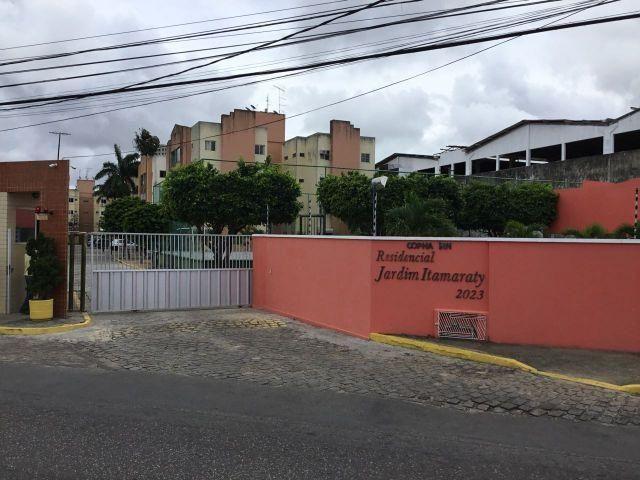 Apartamento com 3/4, no Condomínio Residencial Jardim Itamaraty 74 m² por R 130 mil