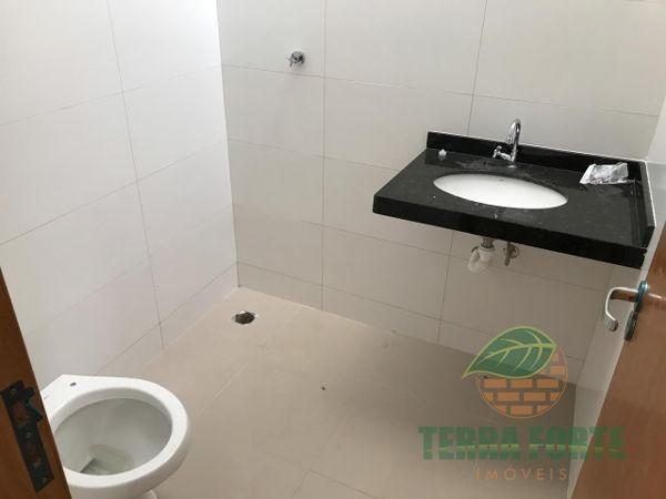 Casa geminada com 3 quartos - Bairro Jardim Santo Antônio em Cambé - Foto 13