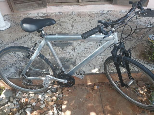 Bicicleta aro 26 de alumínio - Foto 4