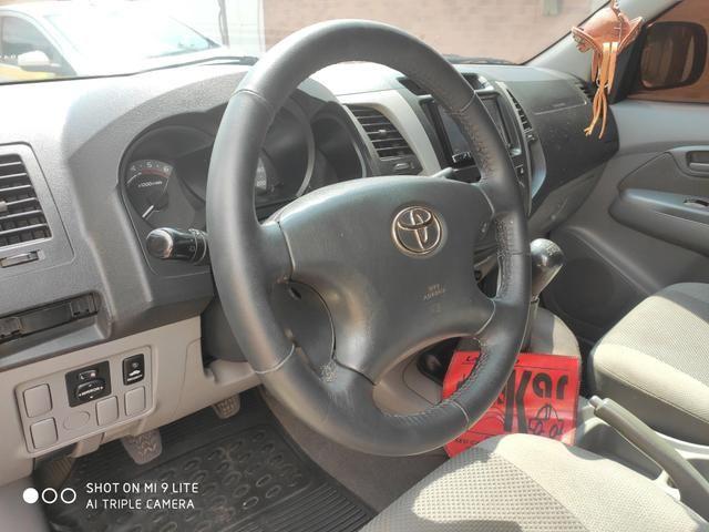 Toyota Hilux 3.0 diesel 61000.00 - Foto 2