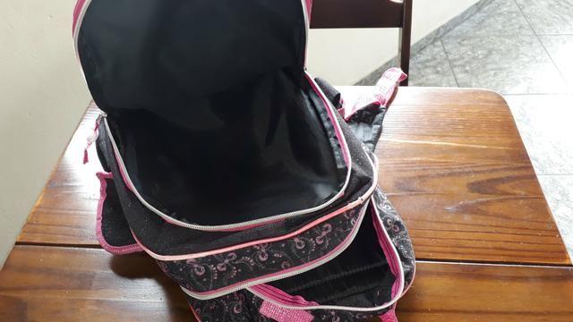Mochila infantil com 3 repartições e 2 bolsinhas laterais - Foto 6