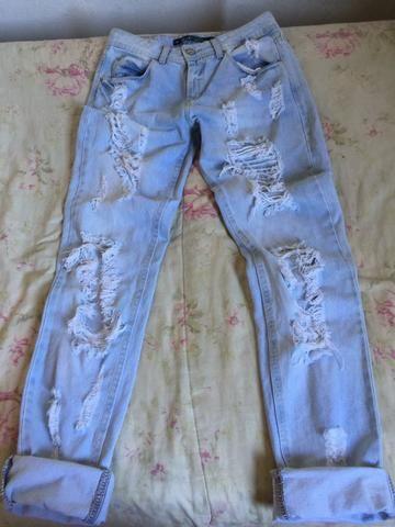 Calça jeans rasgadinha 36 - Foto 3