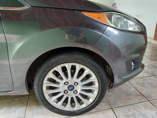 Vendo Fiesta sedan titanium 1.6 flex - Foto 8