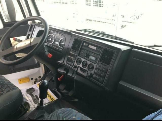 Ford Cargo 816 baú - Foto 3