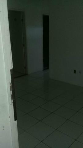 Vendo casa na Boca do Rio - Foto 7